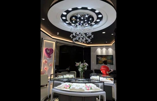珠宝店圆形吸顶盘吊灯
