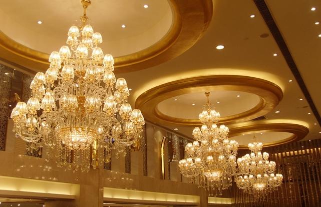 酒店宴会厅水晶吊灯
